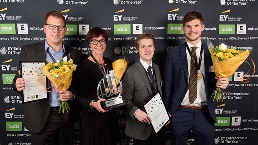 Jens Lundqvist och Samuel Holmström utsågs till Årets manliga stjänrskott 2016