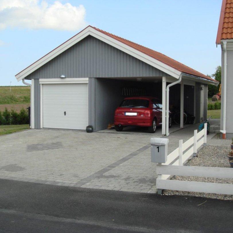 Garasje med carport